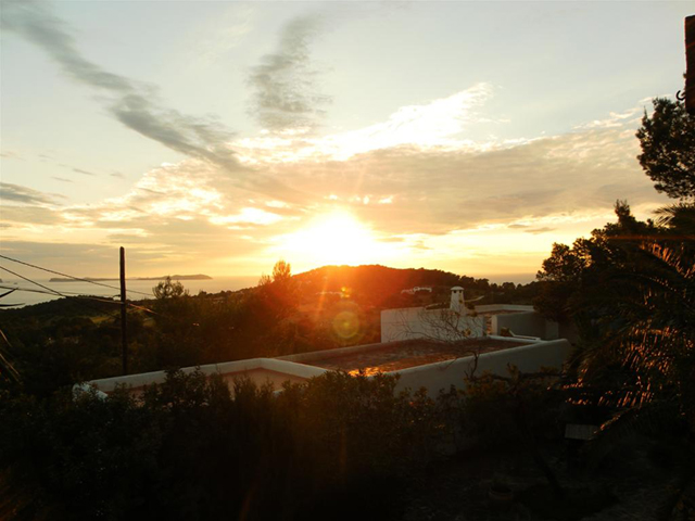 villa-sunset_0